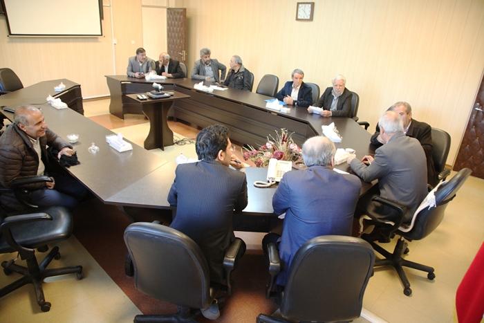 ملاقات مردمی مدیر عامل شرکت آب منطقه ای قزوین با مردم